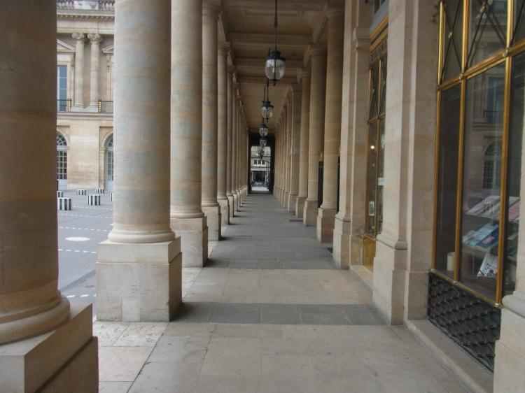 Paris-drizzleandhurricanebooks